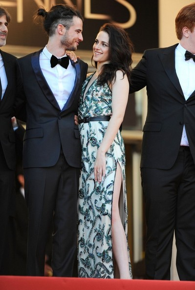 Tom+Sturridge+Road+Premieres+Cannes+En6e80BI3x6l.jpg