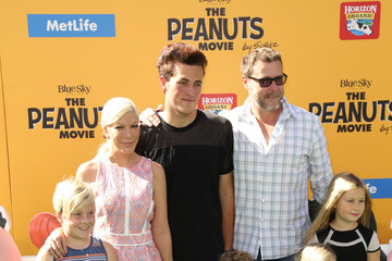 Tori Spelling Guests Attend the Premiere of 'The Peanuts Movie'