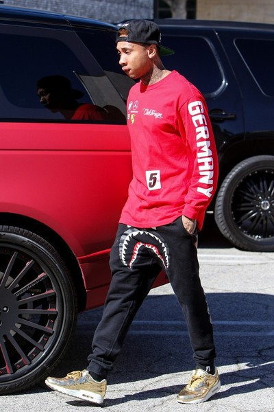 Tyga Shops in Beverly Hills