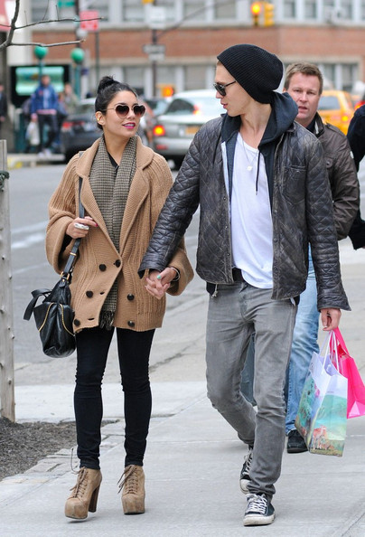 Late, Vanessa hudgens and austin butler congratulate, this
