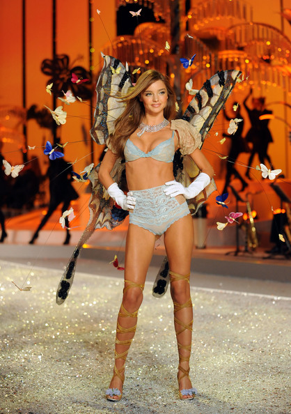 miranda kerr victoria secret fashion show. Miranda Kerr Victoria#39;s Secret
