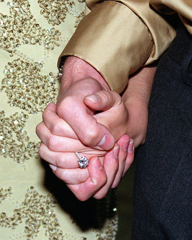Which Hand Is The Wedding Ring Worn On In Australia - Image Wedding ...