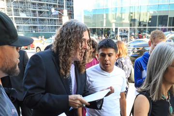 Weird Al Yankovic 'Hamilton' Attendees Advance Upon the Pantages Theatre