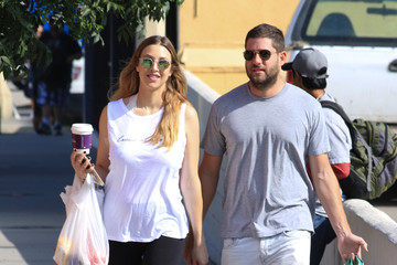 Whitney Port Whitney Port Goes to the Farmers Market