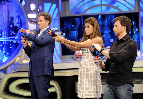 She has a blast with Will Ferrell on Spanish TV.