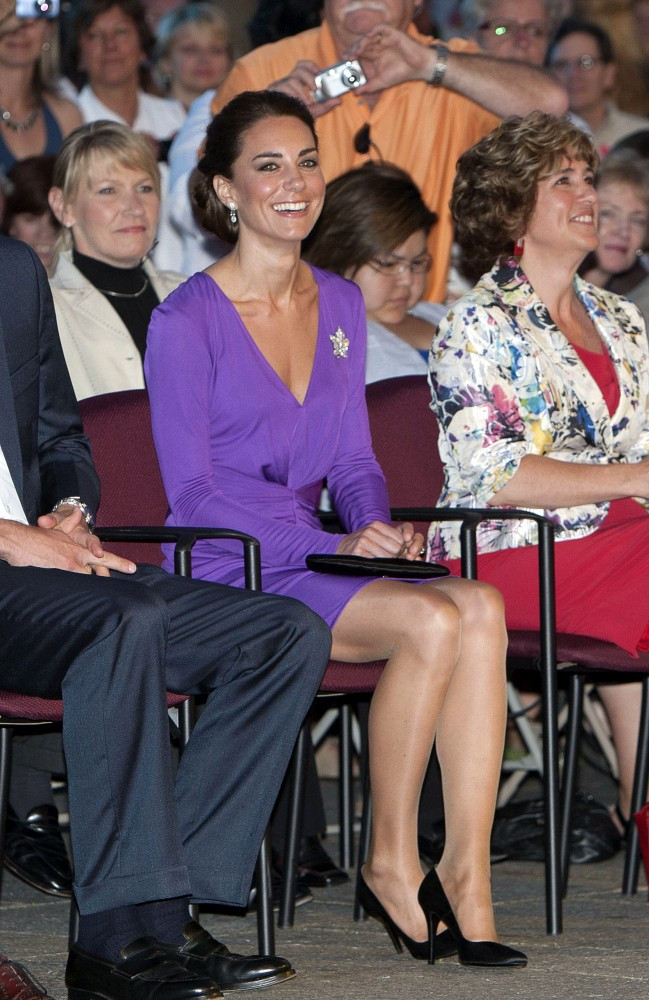 Kate Middleton Photos Photos - William and Kate at a Concert - Zimbio c25bfef40