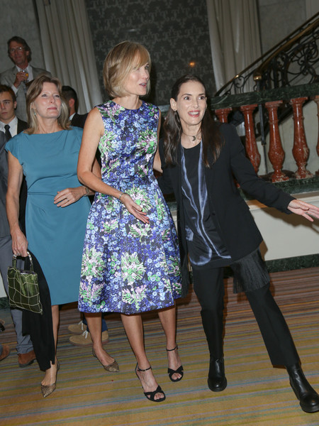 Celebrities Are Seen at the Beverly Wilshire Four Seasons Hotel