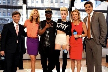 will.i.am Celebrity Social Media Pics