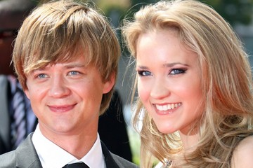 Jason Earles with Girlfriend Jennifer Earles