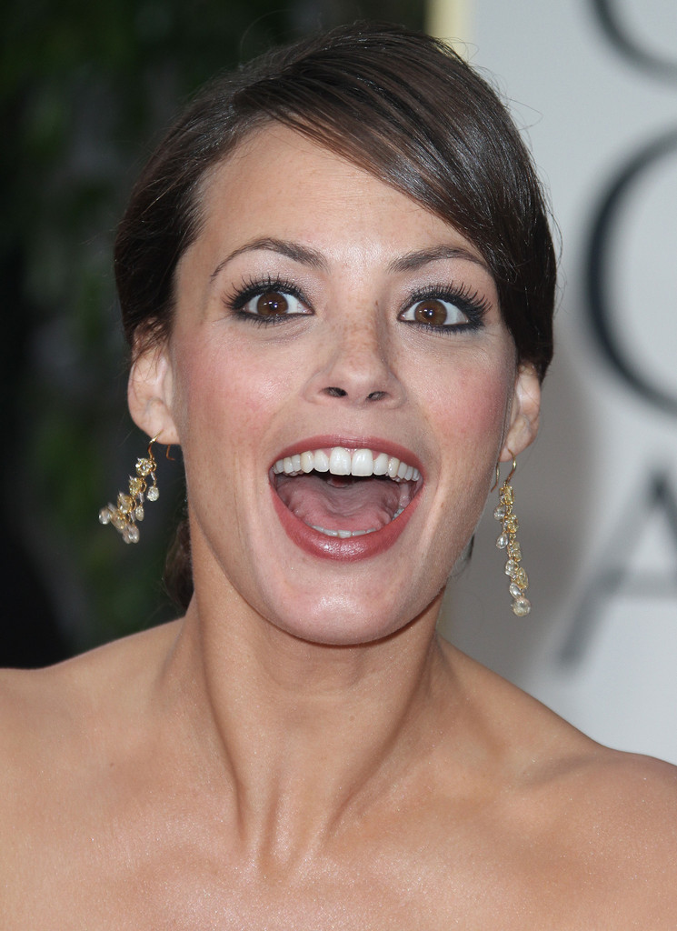 berenice bejo photos photos   69th annual golden globe