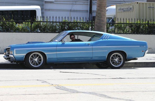 photo de Aaron Paul Ford Torino - voiture