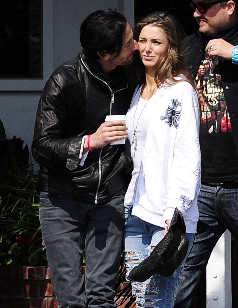 Adrien Brody Out With ... Adrien Brody Married
