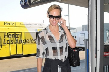 Amber Valletta Celebs Spotted at LAX