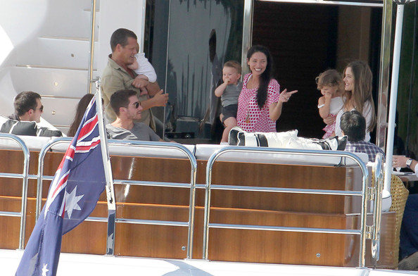 Anne Hathaway & Jake Gyllenhaal Spending The Day On James Packer's Yacht