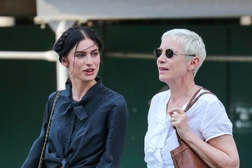 Annie Lennox Annie and Tali Lennox Go Out for a Walk in NYC