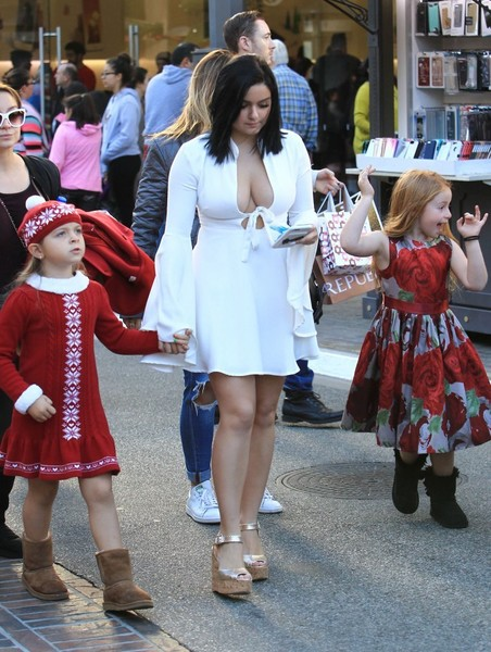 ARIEL WINTER Out at The Grove in Los Angeles 12/18/2016