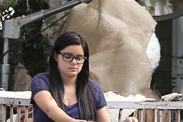 Ariel Winter Scenes from the 'Modern Family' Set