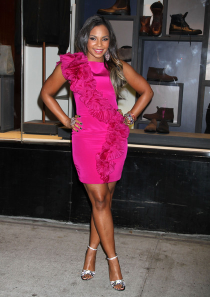Die Young Ashanti S Legs She Can Still Get It