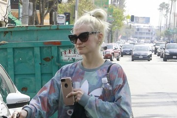 Ashlee Simpson Skinny Ashlee Simpson Gets In A Morning Workout