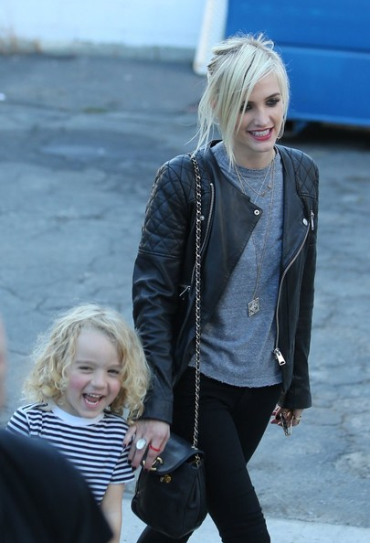 Ashlee Simpson & Pete Wentz throw their son Bronx his own private super hero birthday party at The Coop in Studio City, CA on November 20th, 2012. Socialite Nicole Richie stops by with her daughter Harlow who is dressed like a princess. Ashlee's separated parents Tina & Joe Simpson also stop by the party but Joe tries to hide under a hoodie!