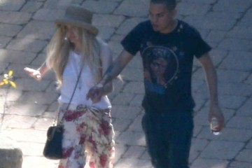 Ashlee Simpson Ashlee Simpson & Evan Ross Arriving At San Ysidro Ranch