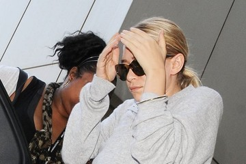 Ashley Olsen The Olsen Twins Catch a Flight