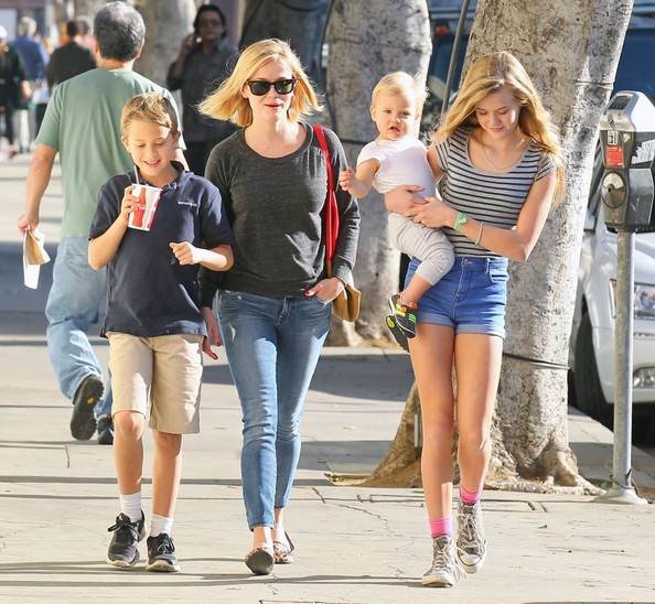 Ryan Phillippe And Reese Witherspoon Kids 2014