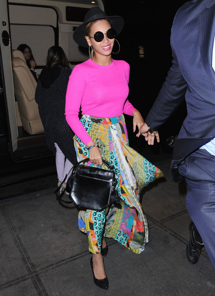 Beyonce tout en couleur (29/03) Beyonce+Brightens+Up+New+York+0R7R0dOgc3yl