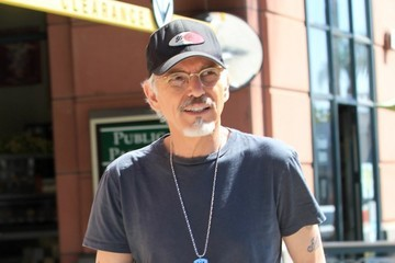 Billy Bob Thornton Billy Bob Thornton Goes Shopping In Bevelry Hills