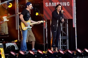 Brad Paisley Demi Lovato and Brad Paisley Make An Appearance On 'Jimmy Kimmel Live!'