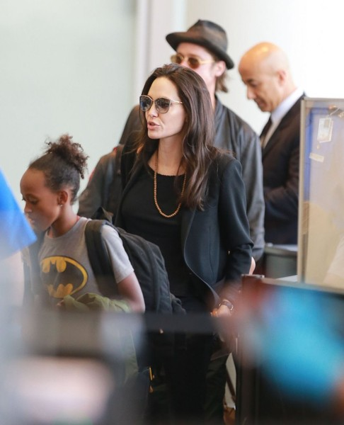 Brad Pitt and Angelina Jolie Departing Los Angeles With Their Kids