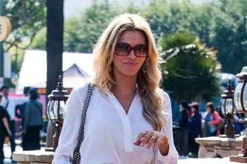 Brandi Glanville Celebs Drop by the 'Extra' Set