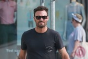 Brian Austin Green Stops To Grab Some Coffees