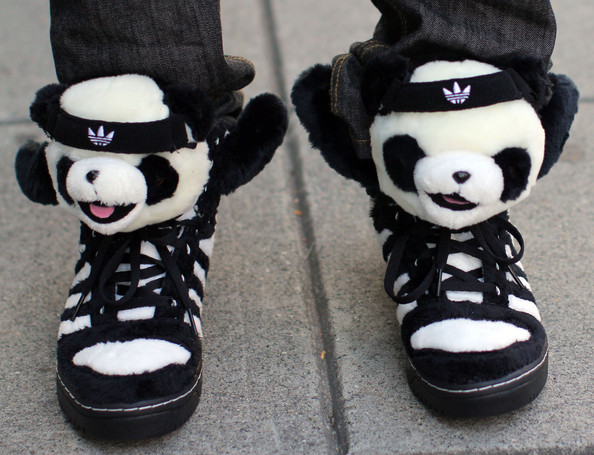 Cameron Bright Wearing Some Panda Shoes In Vancouver