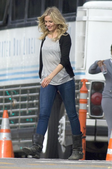 cameron diaz bad teacher shoes. cameron diaz bad teacher pics.