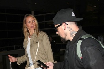 Cameron Diaz Cameron Diaz & Benji Madden Land at LAX Airport