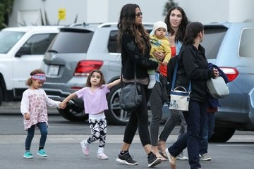 Camila Alves Levi Mcconaughey Camila Alves Takes Her Kids To Sky High Sports