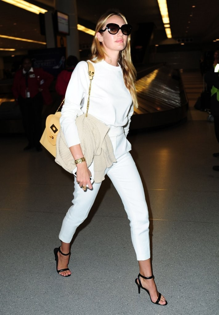 Candice Swanepoel Arrives in NYC 2