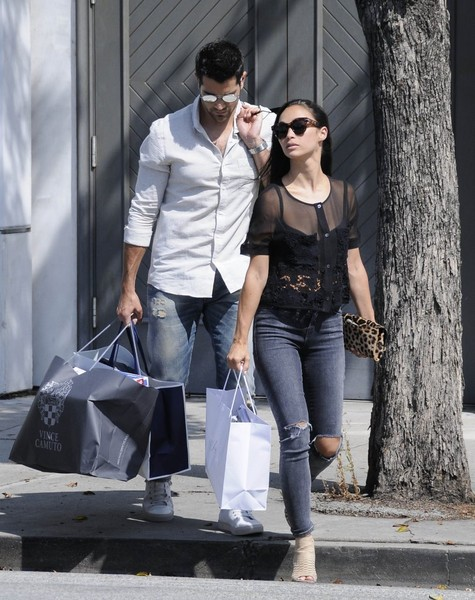 Jesse Metcalfe and Cara Santana go Shopping in West Hollywood