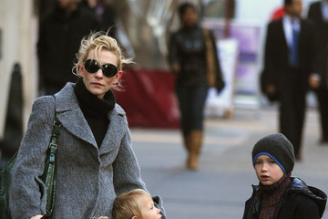 Dashell Upton Cate Blanchett And Children Out In New York City