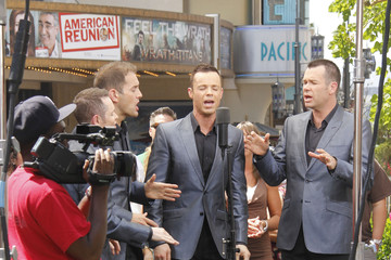"Human Nature Celebs Interviewed For ""Extra"" At The Grove"