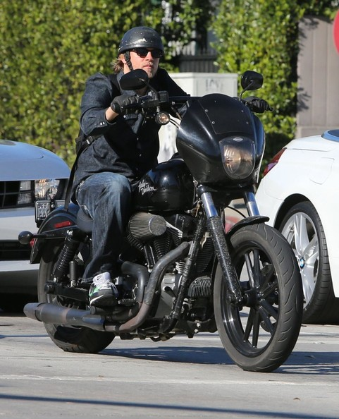 Charlie Hunnam - Charlie Hunnam Rides His Motorcycle in Hollywood