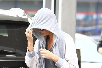 Charlize Theron Charlize Theron Fills Up After Yoga