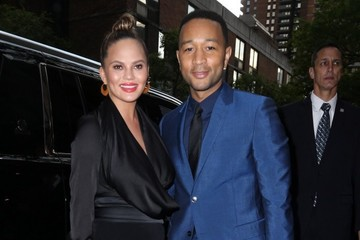 Chrissy Teigen Chrissy Teigen And John Legend Dressed Up And Out In New York