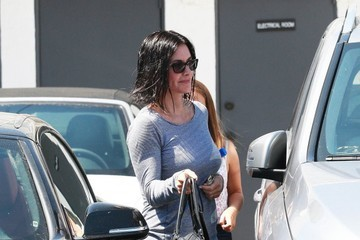 Courteney Cox Courteney Cox Stops by the Salon With Her Daughter