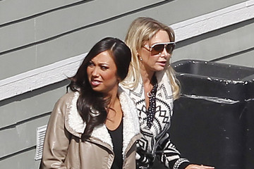 Cheryl Burke Kym Johnson Dancing With The Stars Dancers Chat After Practice