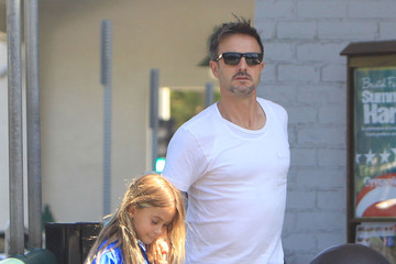 David Arquette Coco Arquette David Arquette And Daughter Coco Out Grocery Shopping