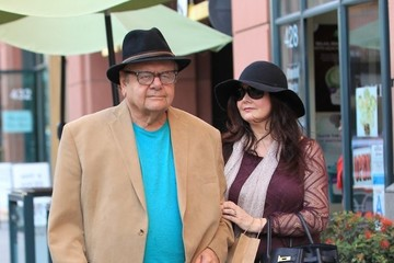 Dee Dee Benkie Paul Sorvino And Wife Dee Dee Benkie Go Shopping In Beverly Hills