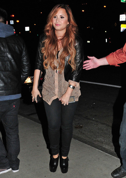 Demi Lovato Singer Demi Lovato arrived at her New York City, New York hotel on March 8, 2012. Shortly after her arrival she made her way to the Sirrus Radio station.