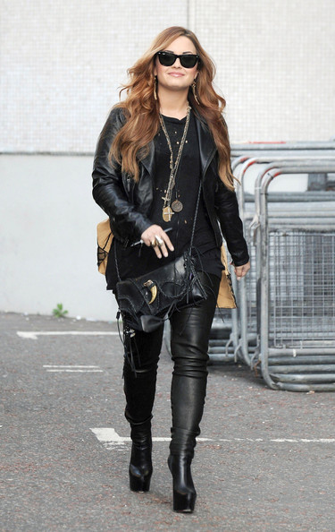 Demi Lovato - Demi Lovato Leaves The ITV Daybreak Studios